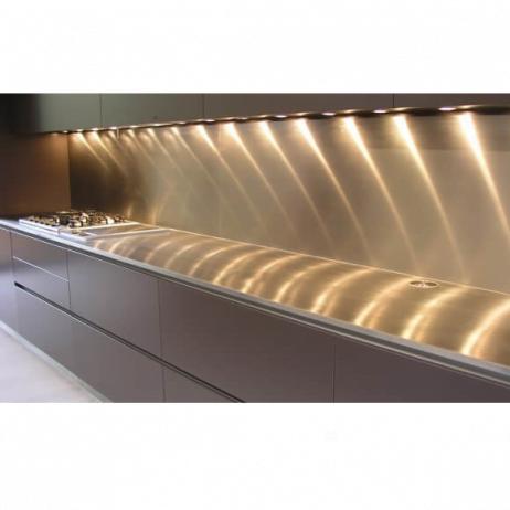Stænkplade i stål, firkantet - 140x50