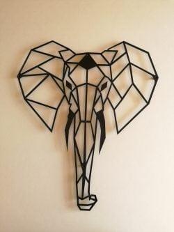 Elefant illustration i sort pulverlakeret stål